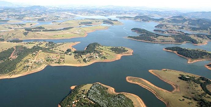 Crise Hídrica - Culpa de São Pedro ou Falta de Gestão?